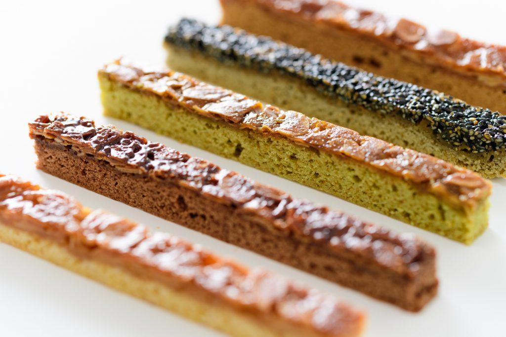 「ココア」キャロットは「抹茶」、5年前「黒ごま」「きなこ」個性ある5種類。瀬川菓子舗の人気NO1